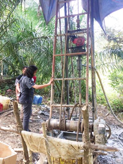Salah satu praktek illegal drilling yang terjadi di Batanghari.