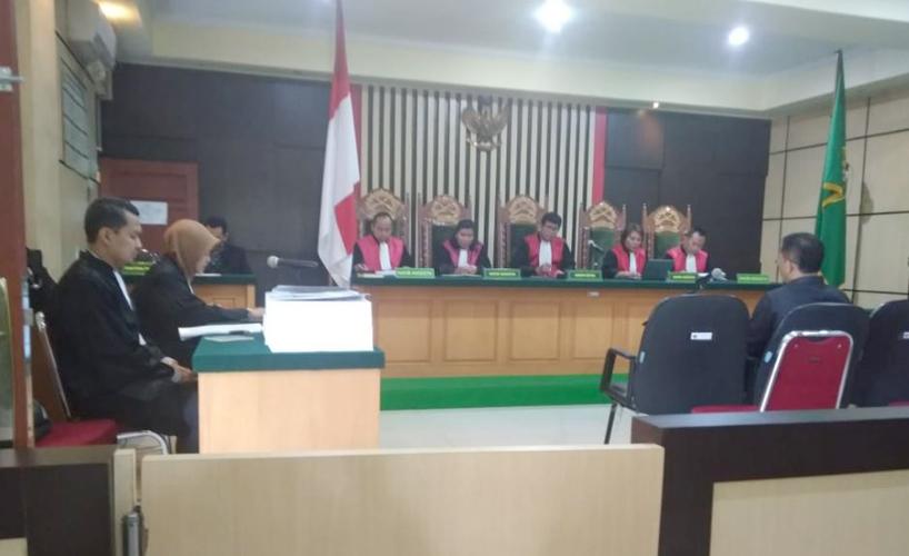 Supriyono saat tengah menjalani persidangan