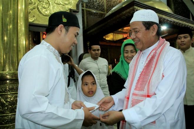 Gubernur Jambi, Dr.Drs.H.Fachrori Umar, M.Hum