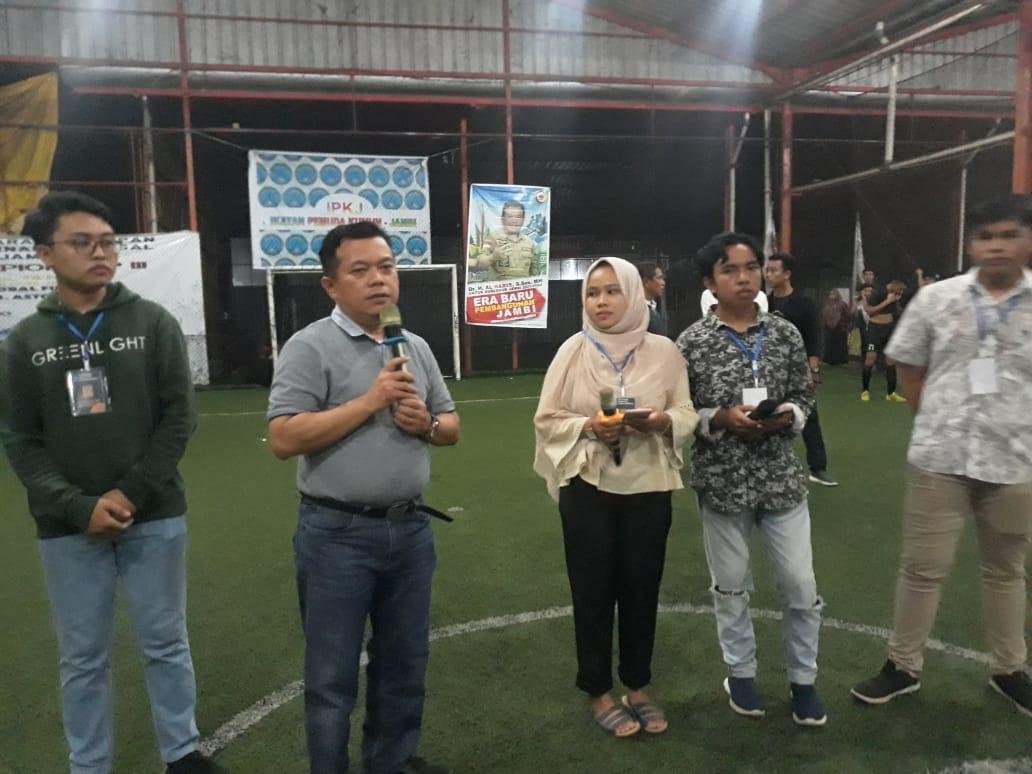 Bupati Merangin Al Haris ketika menutup acara turnamen Futsal Mahasiswa-Pelajar Kerinci