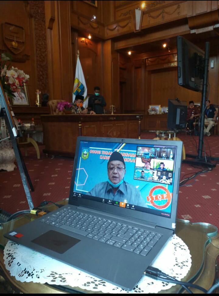Cek Endra saat menggelar Teleconference bersama Gubernur Jambi.