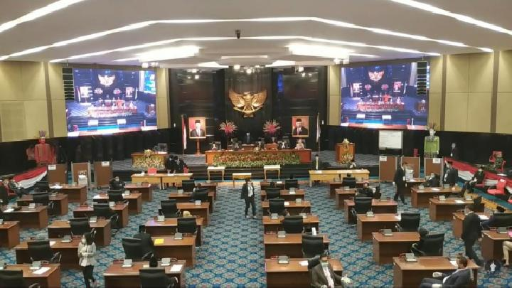 Suasana rapat paripurna DPRD DKI tentang pemilihan wakil gubernur, Senin 6 April 2020. Dok istimewa