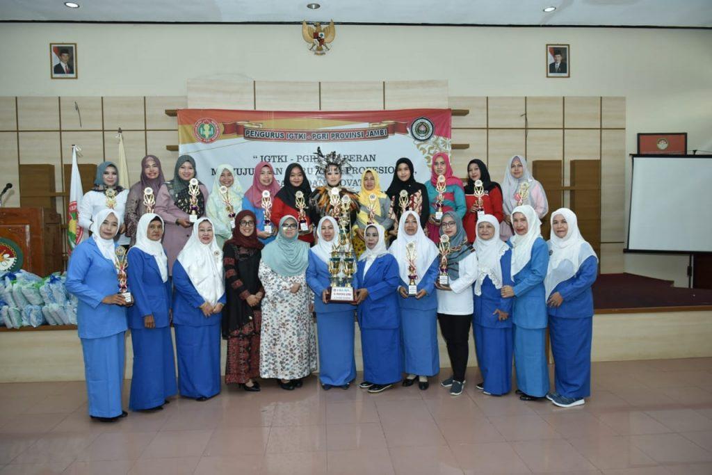 Hj.Rahima: Apresiasi Para Guru Berpacu dengan Kreasi Guna Membangun Generasi Unggul