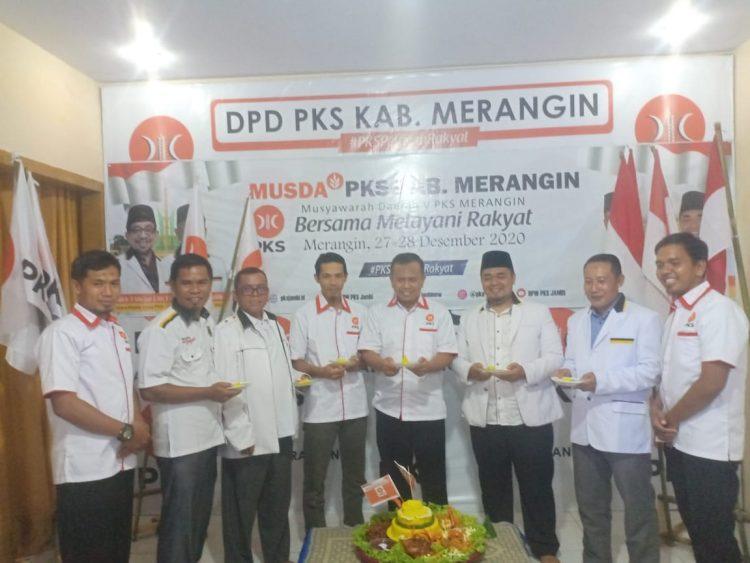 Munawir dan jajaran pengurus PKS Merangin masa khidmat 2020-2025