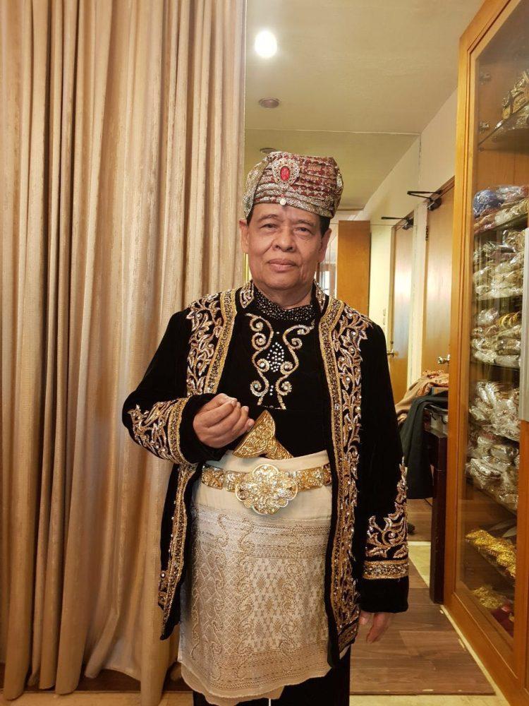 Murady Darmansyah dalam balutan pakaian adat